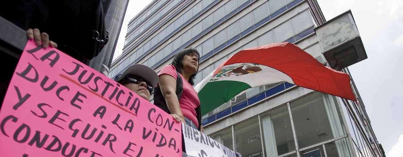 De acuerdo con el conteo oficial de los votos, AMLO se situó en segundo lugar en número de votos,  detrás del priista Enrique Peña Nieto