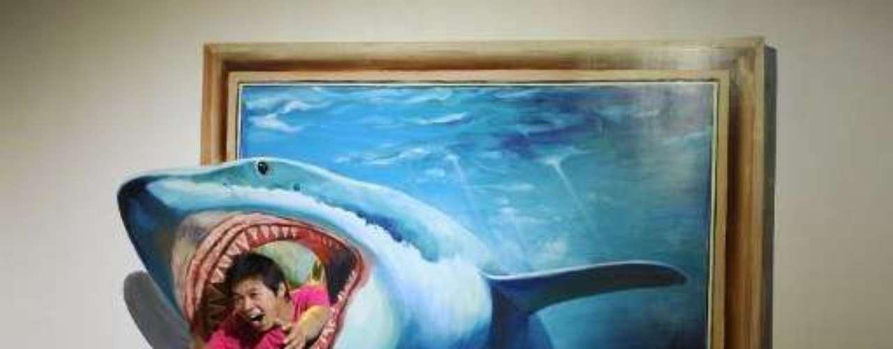 Llamada Arte Mágico de China, esta exposición abrió sus puertas en el Centro Internacional de Conferencias y Exhibiciones de Paz en Hangzhou.