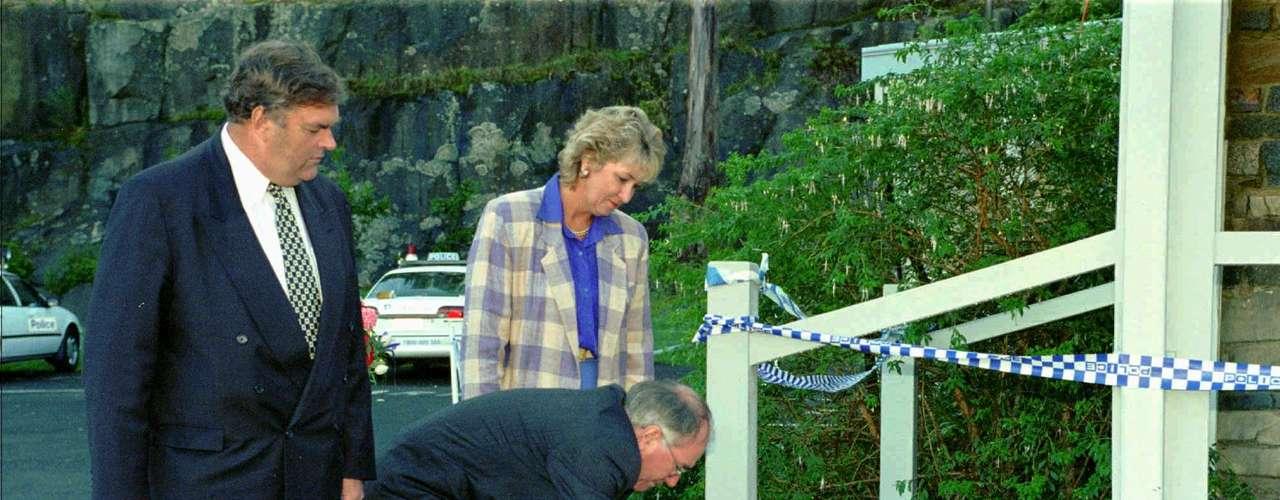 AUSTRALIA - 28 de abril de 1996 - Martin Bryant llevó a cabo el peor asesinato masivo de la Australia moderna cuando disparó y mató a 35 personas en la zona turística de Port Arthur en el estado sureño de Tasmania.