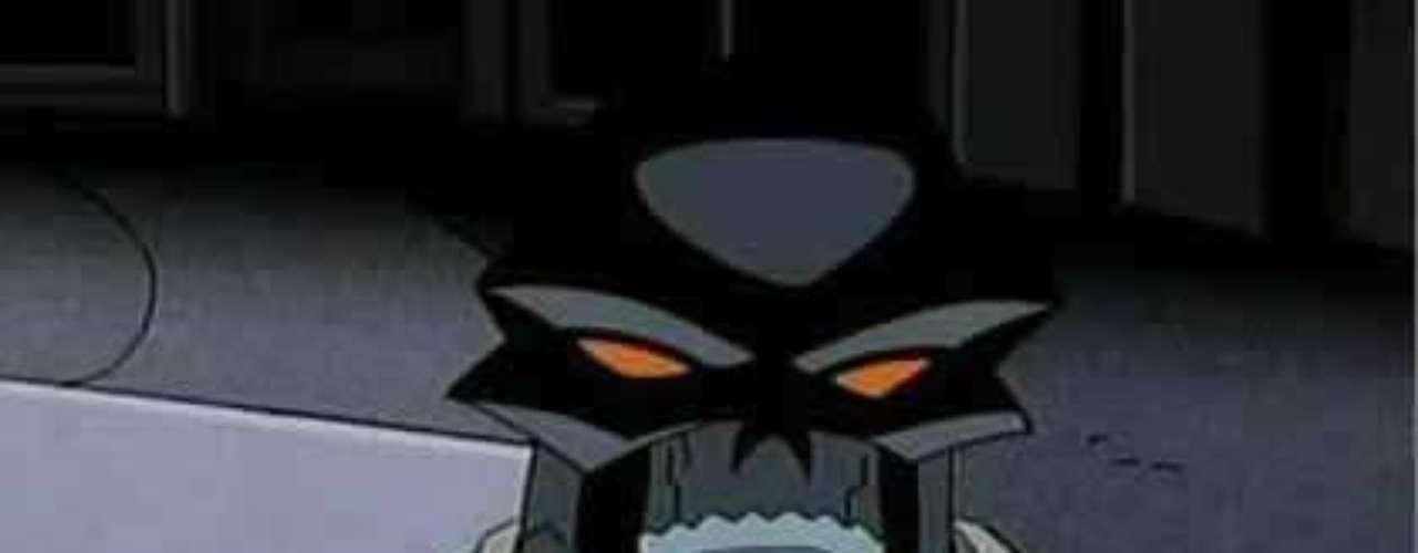 Black Mask - Roman Sionis. Este personaje fue un rico heredero que derrochó la fortuna de su familia, lo que lo llevó a convertirse en uno de los tormentos de Batman. Siempre estuvo  obsesionado con las máscaras y la posibilidad de ser otro gracias a ellas,  por lo que es conocido como 'Máscara Negra'.