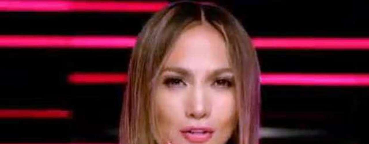 J. Lo, quien se encuentra inmersa en una exitosa gira con Enrique Iglesias, saca tiempo para prender el ambiente con un picante video.