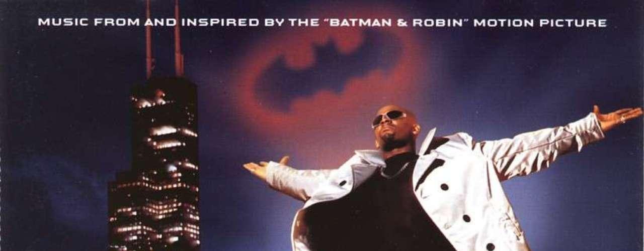 Justo en la cima de la ola y cuando aún era uno de los chicos consentidos de la escena, R. Kelly regaló un himno R&B para la entrega más mediocre del Hombre Murciélago. 'Gotham City' fue el tema que estrenó el rapero para la banda sonora de 'Batman & Robin'.