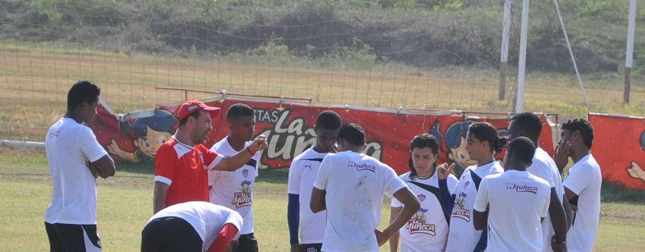 Junior de Barranquilla debuta en la Liga Postobón II - 2012 visitando al Deportes Quindío, este domingo a las 5:30 de la tarde en el Estadio Centenario