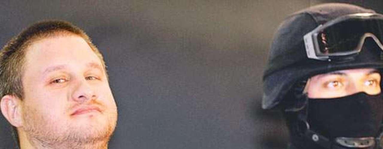 En agosto del 2010, el sicario Edgar Valdez Villarreal fue arrestado por la Policía Federal en una casa de campo ubicada en Cañada de Alferes, cercana al poblado de Salazar, Estado de México. La Barbie además de enfrentar varias acusaciones por narcotráfico y homicidio en México, es requerido por el gobierno de los Estados Unidos para enfrentar tres procesos por distribución de droga. Es interno del Penal del Altiplano.