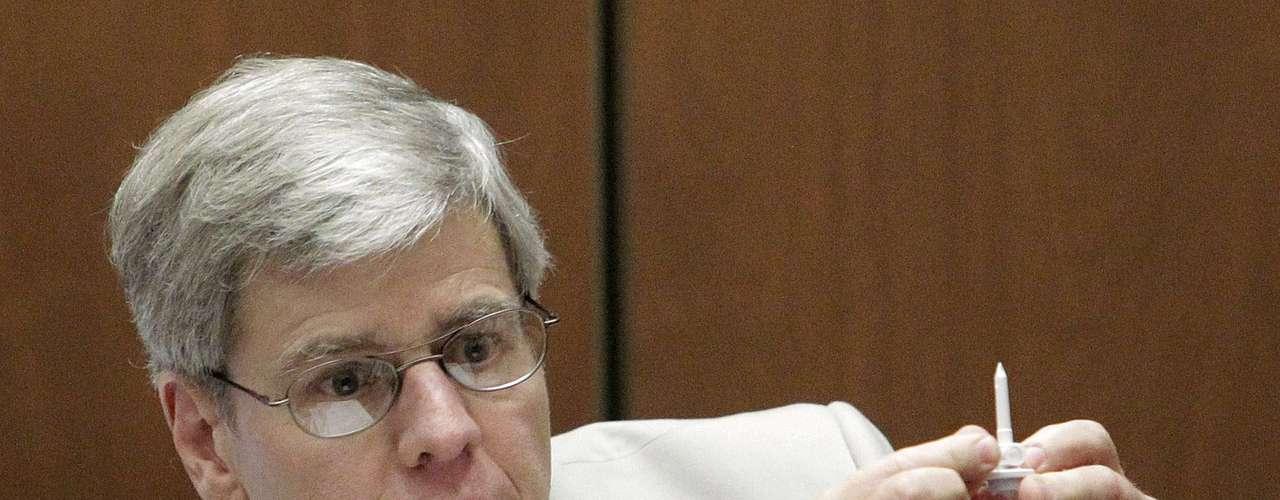 El doctor Steven Shafer había  testificado que Murray le había suministrado el tratamiento a Jackson y había salido de la habitación.