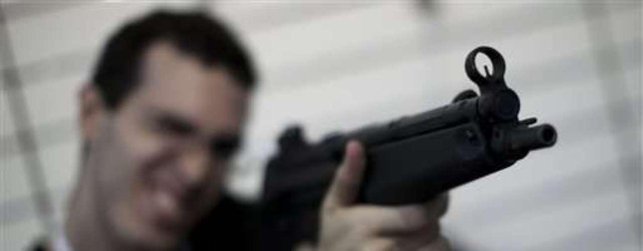 Sólo en Chicago, más de 4.000 jóvenes menores de 21 años han sufrido un disparo en los últimos 4 años.