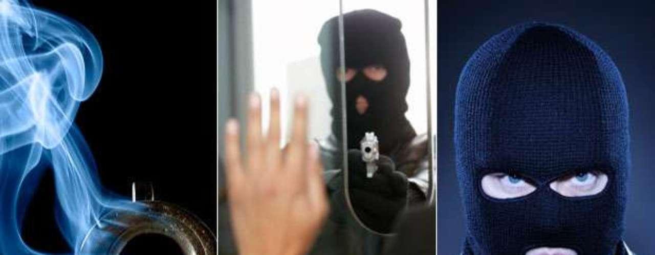 Ladrones, abusadores, fugitivos... El peligro anda suelto. Conoce las caras de estos delincuentes. El FBI los busca por diversos delitos. Sigue esta fotogalería: