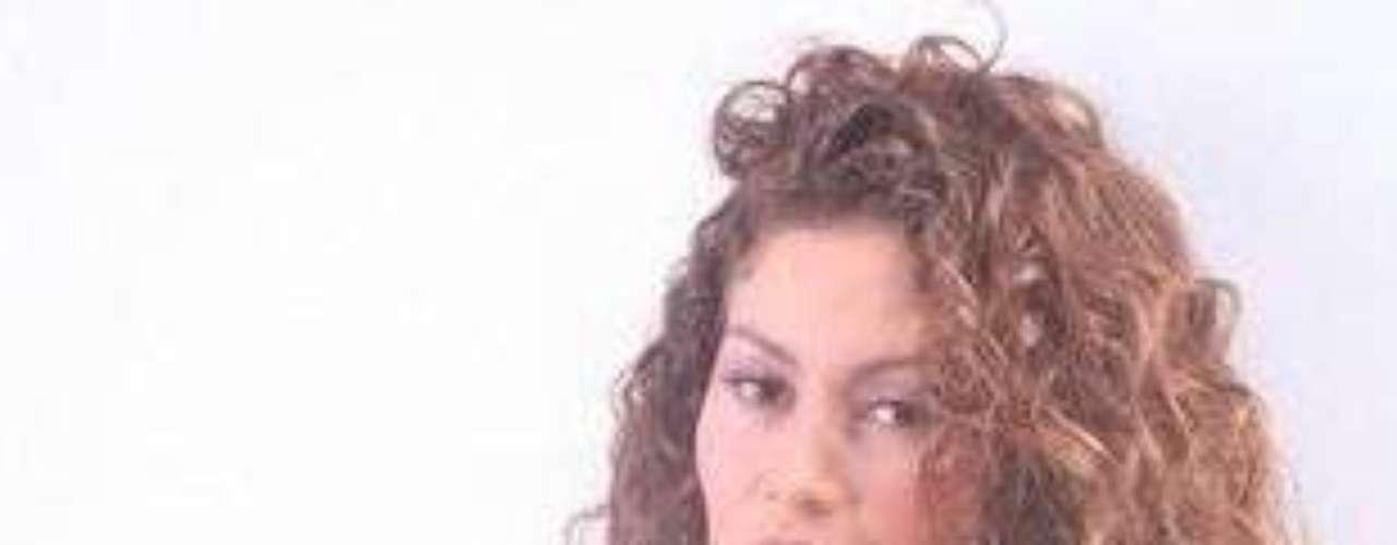 Erika Márquez. En 2008, a la exprotagonista de novela Erika Márquez le publicaron unas fotografías caseras donde aparecía desnuda. En su momento fueron las más buscadas en la web.