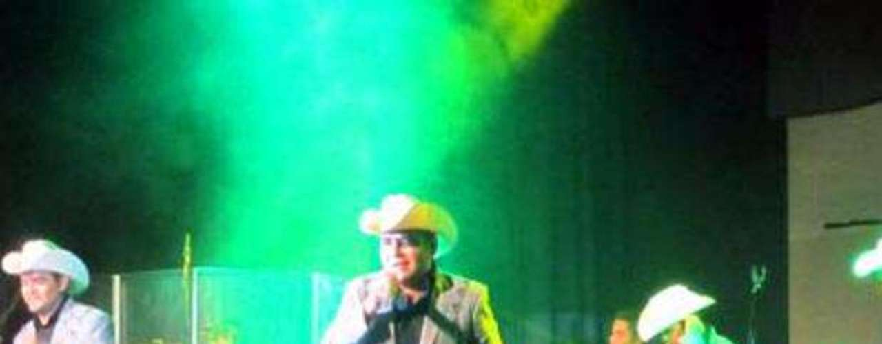 El Trono de México presentó su material discográfico más reciente \