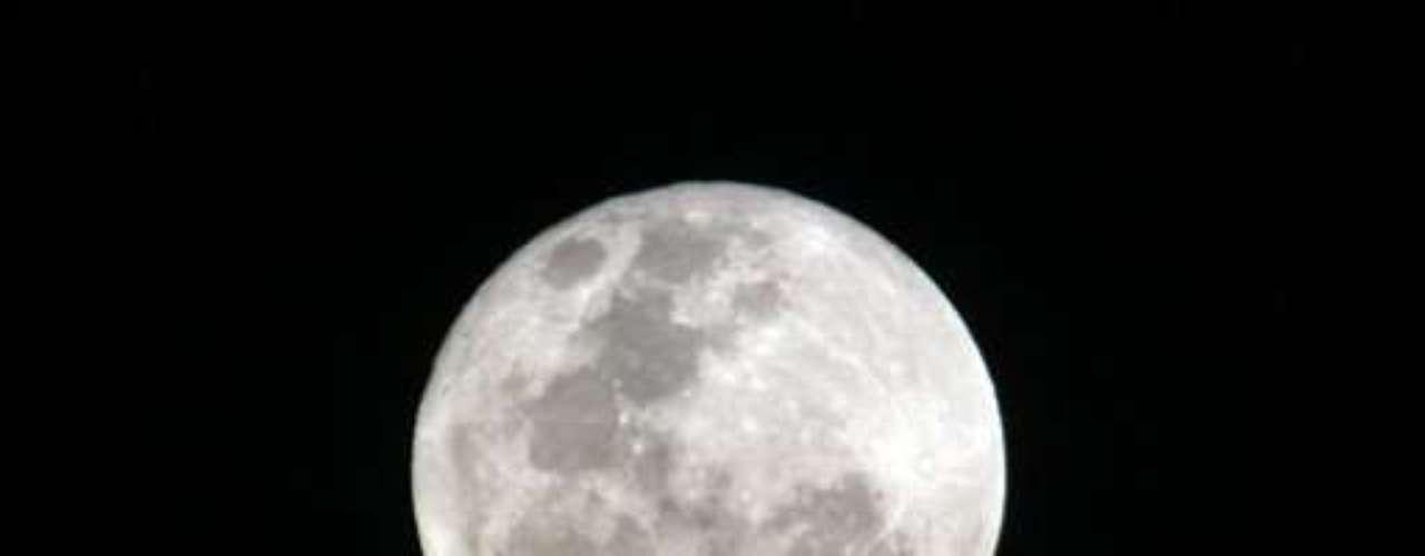 El fenómeno de agosto de 2012 tendrá la primera luna llena a partir del 1º, mientras que la segunda será a partir del 30. La próxima Luna Azul ocurrirá en agosto de 2015.