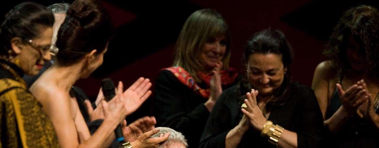 Con más de 80 discos en su haber, la voz de 'La Llorona' ganó un Grammy Latino en 2007 en homenaje a su carrera artística.