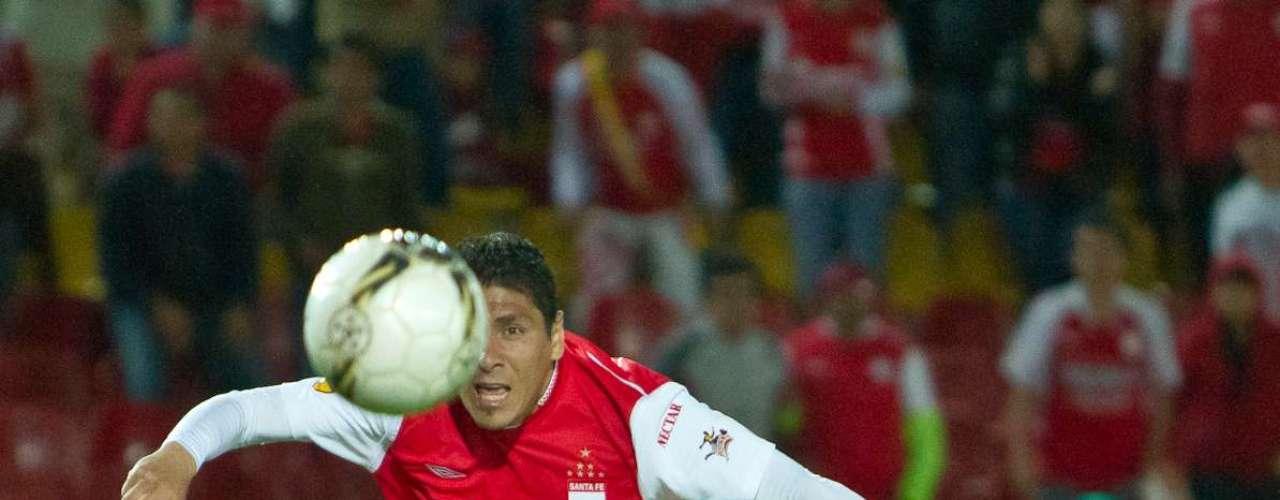 Cabrera falló una opción increíble, cuando remató muy fuerte solo ante el portero Silva.
