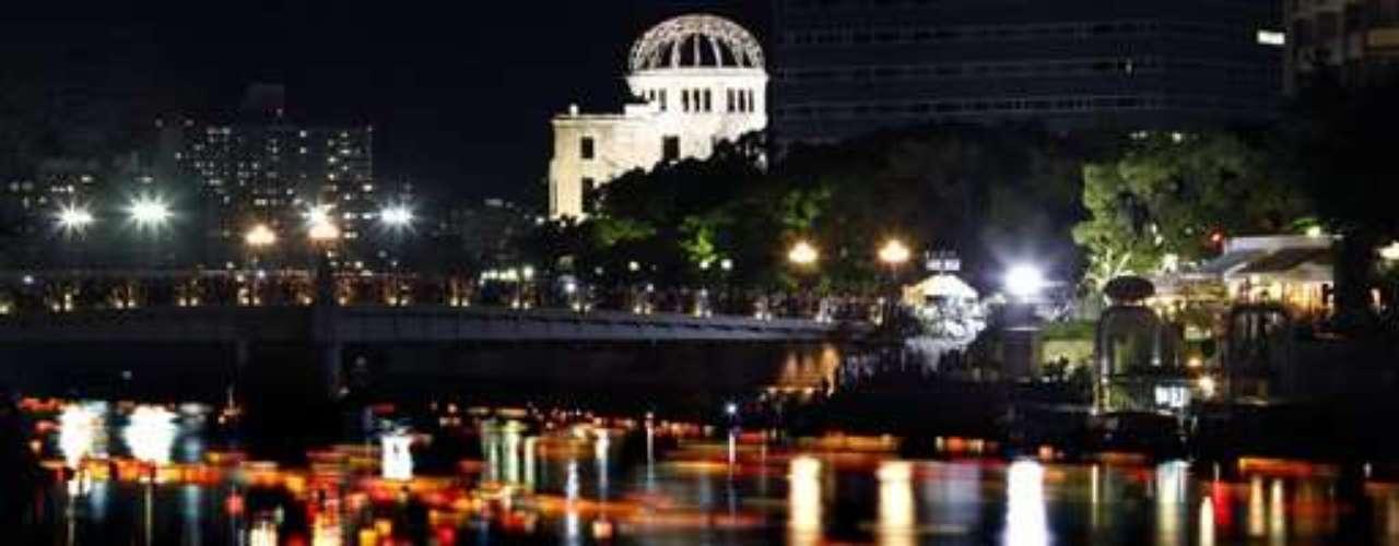 El alcalde de Hiroshima, Kazumi Matsui, declaró que el país debe encabezar los esfuerzos de desarme nuclear y convocó a los líderes mundiales a visitar su cuidad para \