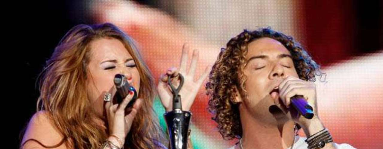 Miley Cyrus ft David Bisbal - \