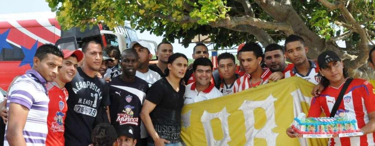 Varios jugadores se hicieron presentes, entre ellos Teófilo Gutiérrez, quien volvió recientemente al club.