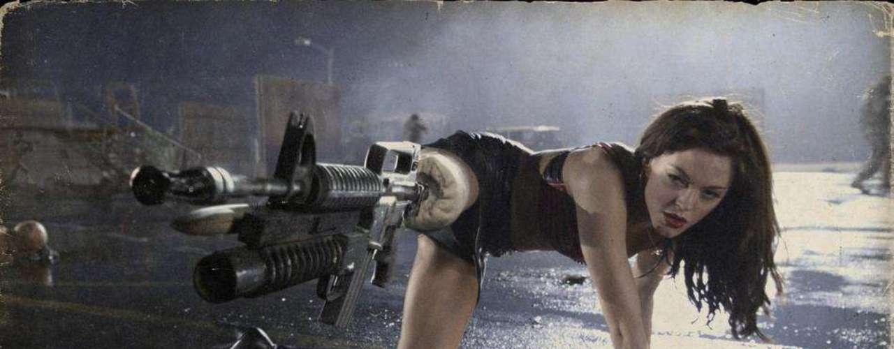 Rose McGowan participó en la película 'Grindhouse' y fue tal la química que tuvo con Robert que terminaron siendo pareja