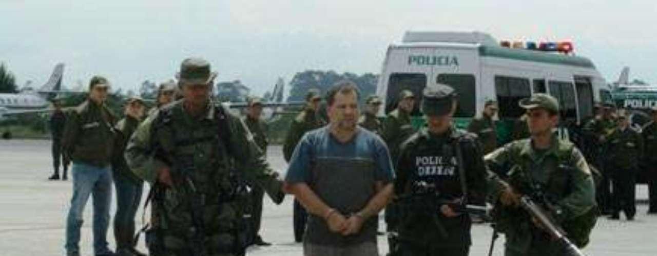 Daniel Rendón Herrera alias Don Mario fue capturado por la Policía Nacional el día 15 de abril del 2009. El ostentoso delincuente  sembró el terror en el noroccidente del país y tuvo bajo su mando a más de 1.000 hombres al servicio del narcotráfico, la prostitución refinada y la usura. El narcotraficante, se había convertido en el delincuente más buscando del país luego de la muerte de Pablo Escobar en Medellín (1993).