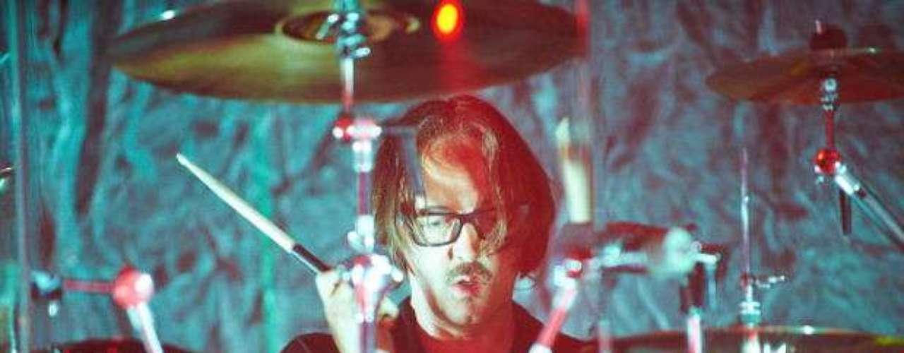 Butch Vig, baterista de Garbage, fue el productor de dos discos esenciales de los noventa: Nevermind de Nirvana y Siamese Dream, de Smashing Pumpkins.