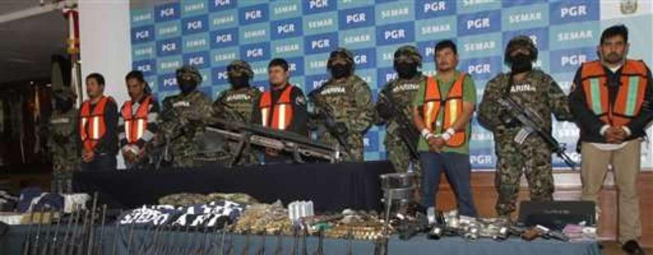 En regiones como Tamaulipas, en la frontera con Estados Unidos, nadie siquiera habla de los Zetas. Se hace referencia oblicua al grupo llamándolo \