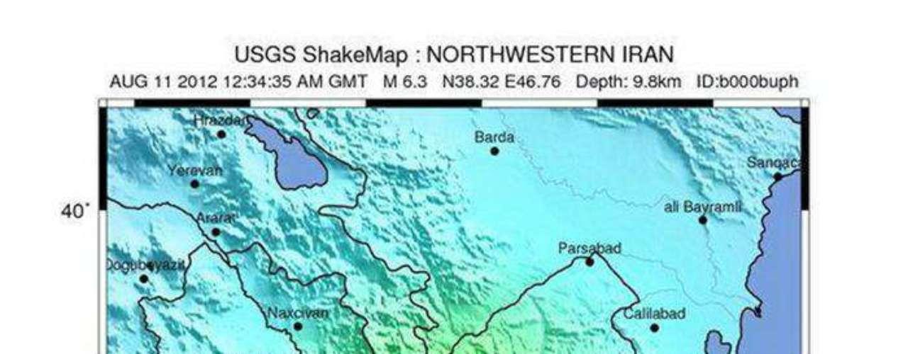 Por su parte, las autoridades locales han informado de que han sido enviados equipos y material de rescate al área de los sismos, unos 60 kilómetros al noreste de la ciudad de Tabriz, la capital de la provincia iraní de Azerbaiyán Oriental, fronteriza con Azerbaiyán y Armenia.