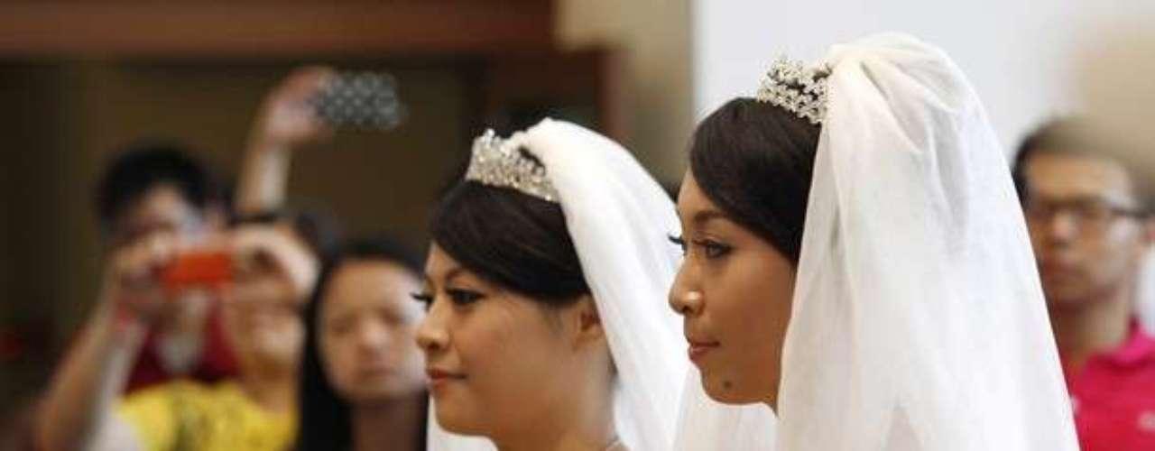 La ceremonia se llevó a cabo en el monasterio de Taoyuan, en el norte de la isla, a la espera de que abra la puerta a la ley del matrimonio gay en Taiwán y Asia.