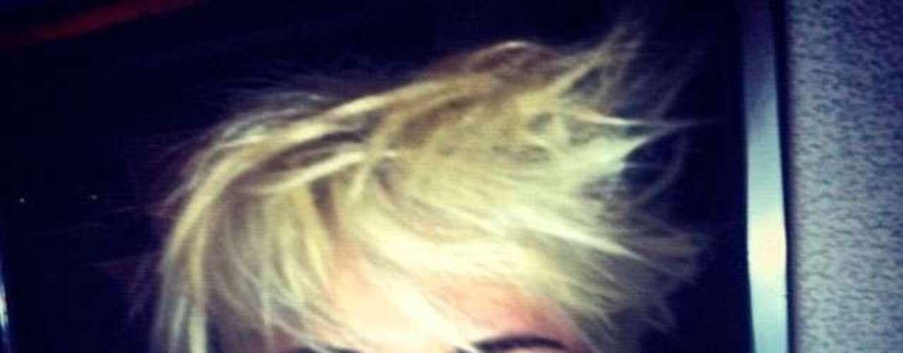 Y para su boda con Liam Hemsworth, ¿llevará este pelo?