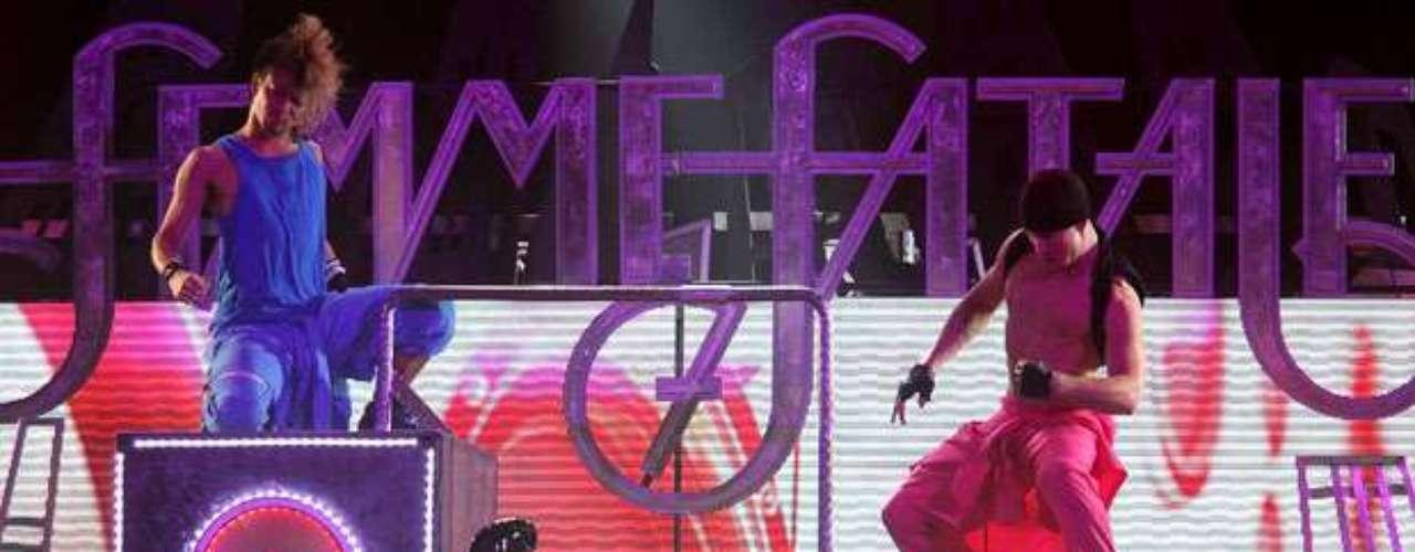 Más divina que nunca, Britney Spears hizo su regreso triunfal a la música proyectando la imagen de una verdadera \