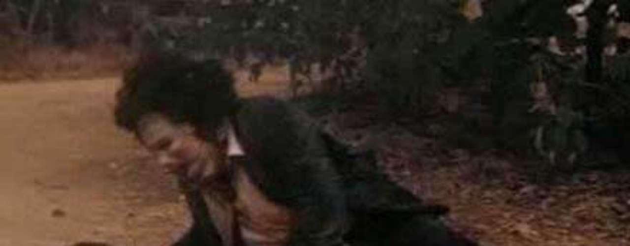 'La masacre de Texas' (1974).  Película de terror que fue prohibida en muchos países por su violencia extrema. La película se divulgó como una historia real para atraer al público, pero la trama es ficticia. La historia está inspirada en los crímenes del asesino en serie Ed Gein, que guardó en casa trozos de sus víctimas. Hace un tiempo salió un remake de la cinta.En general se considera como una de las películas de terror más influyentes de la historia del cine, y un pionero en el género \