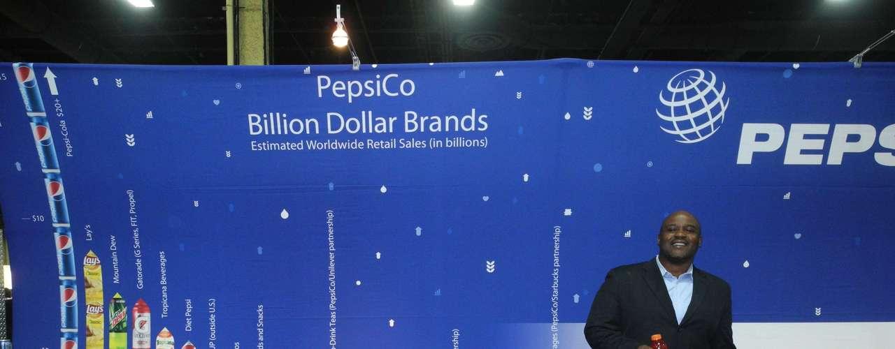 La empresa PepsiCo lleva más de 40 años comprometida con la comunidad hispana, según dijo a Terra su director de Relaciones Públicas, Timothy \