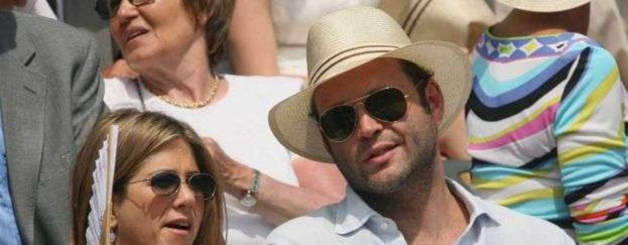 Vince Vaughn - 2005. Durante el rodaje de la película 'The Break-Up' Aniston conoció a este reconocido actor de comedia, quien era su co-estrella en la cinta.  El romance tan solo duro un año a pesar de los rumores que hablaban de un eventual compromiso.