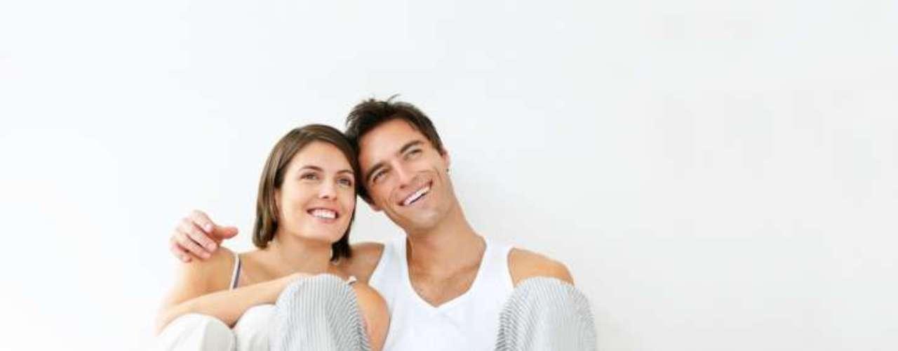 ¿Quiere que vivan juntos? Para muchos hombres este nuevo paso significa un ensayo general para la boda. Si tu pareja está interesada en compartir el espacio, es un gran paso para seguir en esta dirección, más allá.