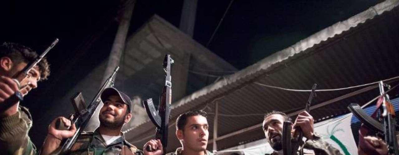 12 de junio de 2012: El subsecretario general para Operaciones de Paz de la ONU, el francés Hervé Ladsous, considera que la situación de Siria es ya de guerra civil con \