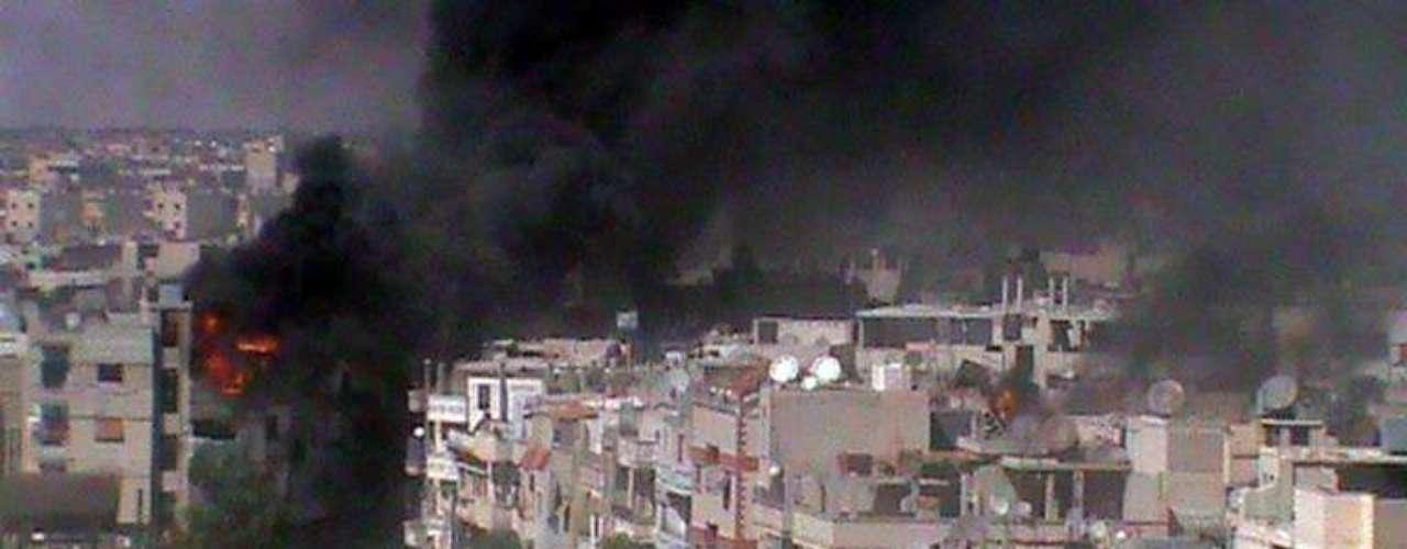 30 de agosto de 2011: 30 personas muertas en un bombardeo en Hama. Comienzan los bombardeos indiscriminados contra la población.