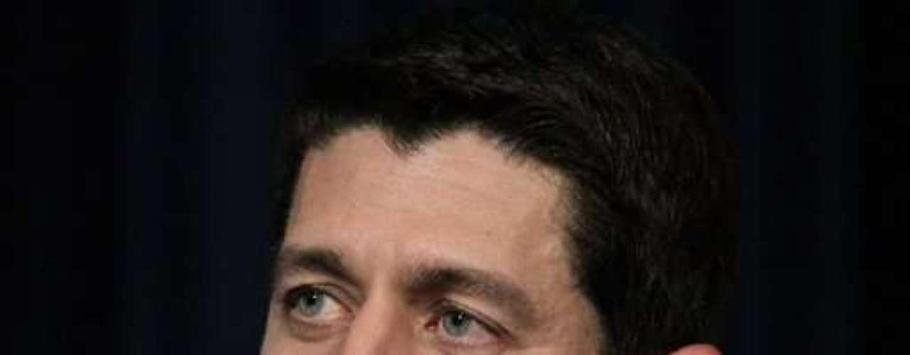 Con el tema de la inmigración ilegal, Ryan también experimentó una \
