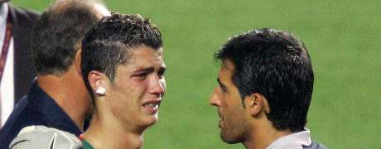 CR7 had his first great heartbreak in the Euro 2004, losing the final against Greece on home soil.