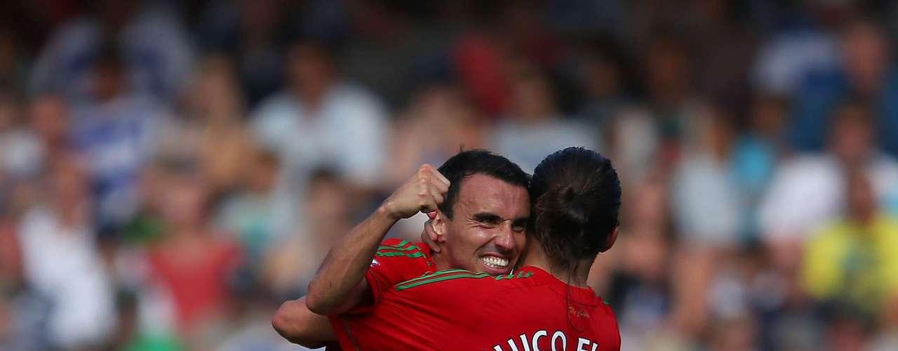 Miguel Pérez Cuesta, Michu, anotó dos goles en su debut con el Swansea