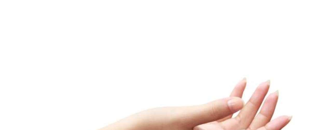 4- Un dedo falso para incrementar nuestro sentido del tactoUna segunda piel con electrodos de oro para incrementar nuestro sentido del tacto, es lo que han desarrollado científicos estadounidenses haciendo uso de los últimos avances en nanotecnología.El equipo de investigadores presentó un dedo de goma con sensores que permite a quien lo usa calibrar con mejor precisión factores como la temperatura, presión o grosor de un material.