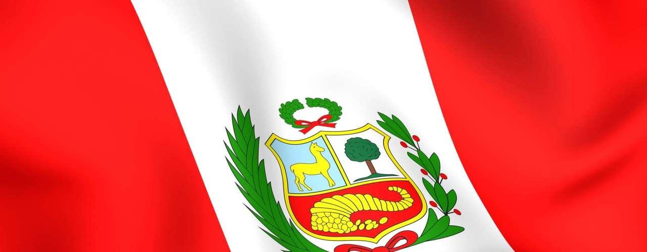 Uno de los casos emblemáticos fue el del político socialdemócrata peruano Víctor Raúl Haya de la Torre, fundador del partido Alianza Popular Revolucionaria Americana (APRA), quien se refugió en la embajada colombiana en Lima en 1949. Perseguido por la dictadura de Manuel Odría, la reclusión diplomática de Haya de la Torre duró cinco años. El tribunal de La Haya reconoció en 1950 el derecho de Colombia a otorgar asilo en su embajada sin la aceptación peruana, algo que más tarde dio lugar al Tratado de Caracas de 1954 y su Convención sobre asilo diplomático, que permitía a los estados receptores de refugiados calificarlos como perseguidos políticos.