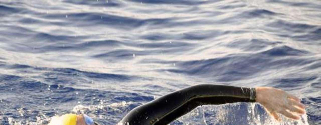 La tarde del domingo, Mark Sollinger, ya había advertido que Nyad sufría las dolorosas picaduras de las medusas en sus labios, frente, manos y cuello.