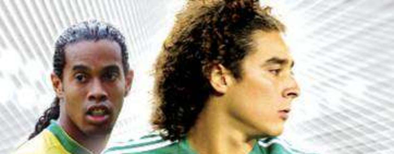 Guillermo Ochoa and Ronaldinho repeated in FIFA 2009.