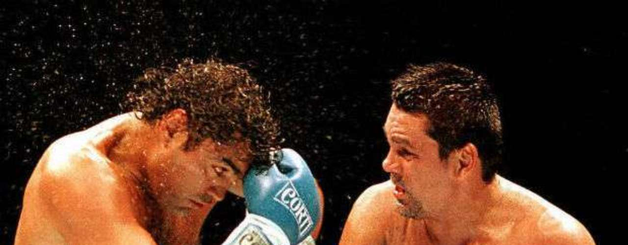Castro also faced some of the all-time greats like Roberto Hands of Stone' Durán. The 'Locomotora' finished with a 130-11-3 record.