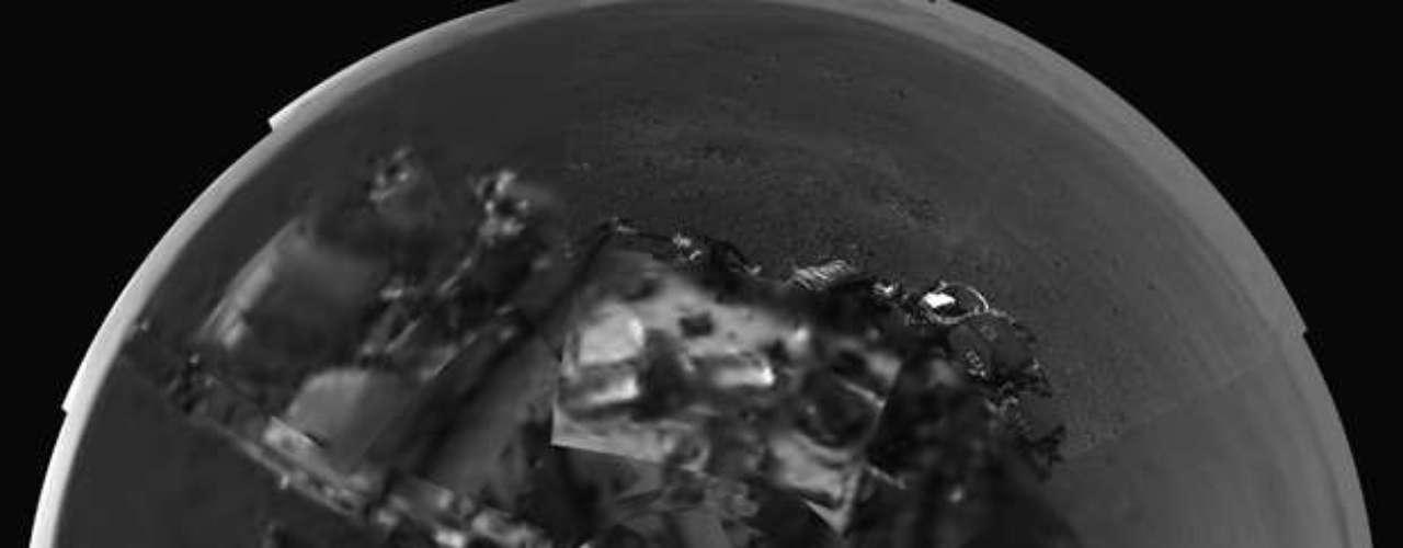 Se desconoce las causas de la avería pero una posibilidad es que durante el descenso de la nave, algunas piedras hayan saltado y caído sobre los delicados circuitos expuestos del sensor y dañado algunas conexiones, dijo Ashwin Vasavada, científico adjunto del proyecto del Curiosity.
