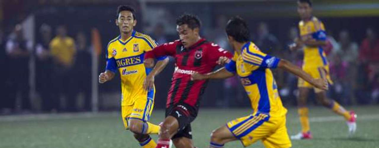 Tigres y Alajuelense offered a great shootout in Costa Rica finishing 2-2.