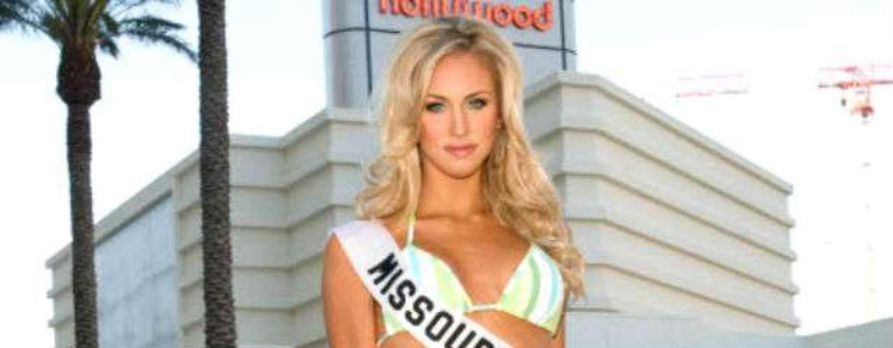 Crawford was Miss Missouri and finished sixth in the 2008 Miss USA contest.