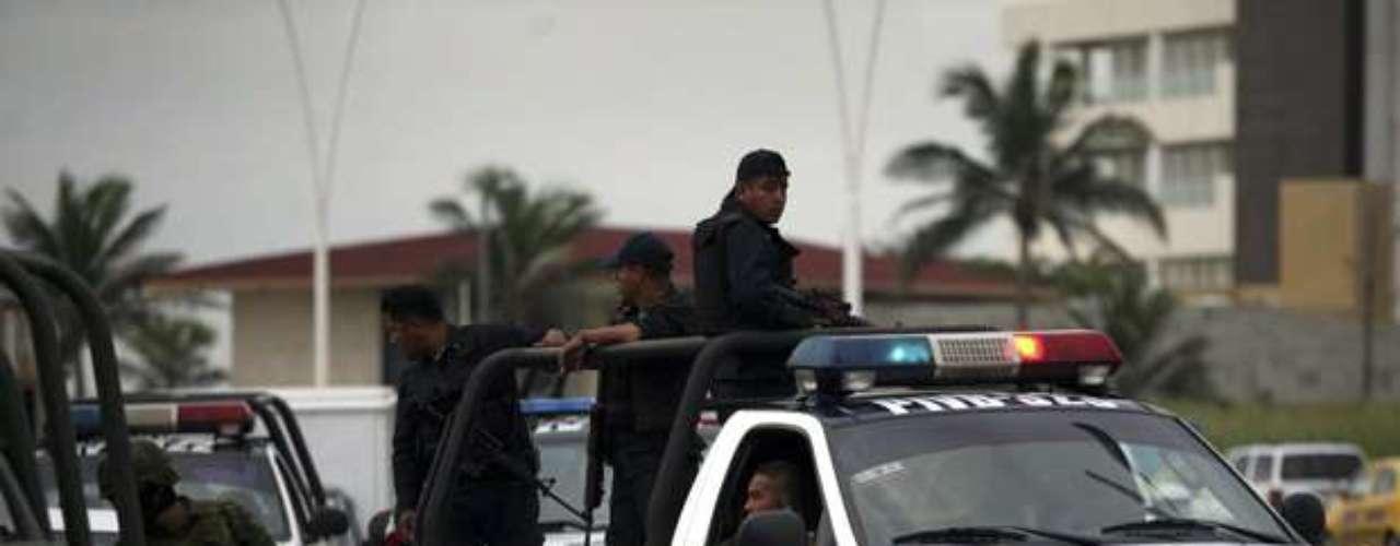 Un oficial de seguridad que no estaba autorizado a dar declaraciones indicó que la grabación al parecer es auténtica. \
