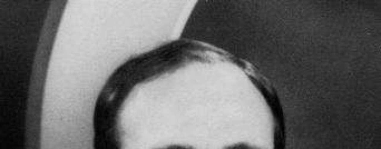 Edgar D. Mitchell. Apolo 14, 1971. Nacido en 1930.