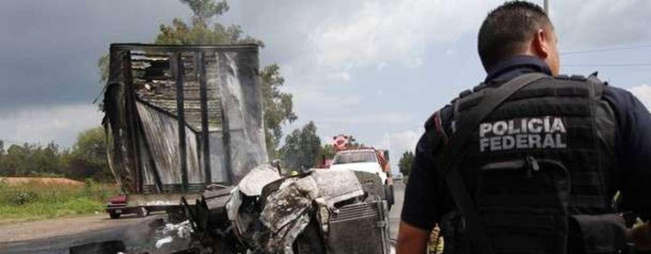 También hubo algunos bloqueos en el vecino estado de Colima, en todos los casos \