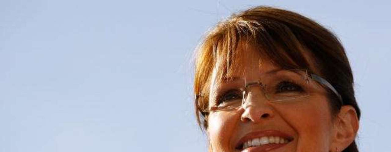 Sarah Palin es otra de las caras más bonitas entre las políticas femeninas de EE.UU. Su belleza le permitió ganar el concurso \