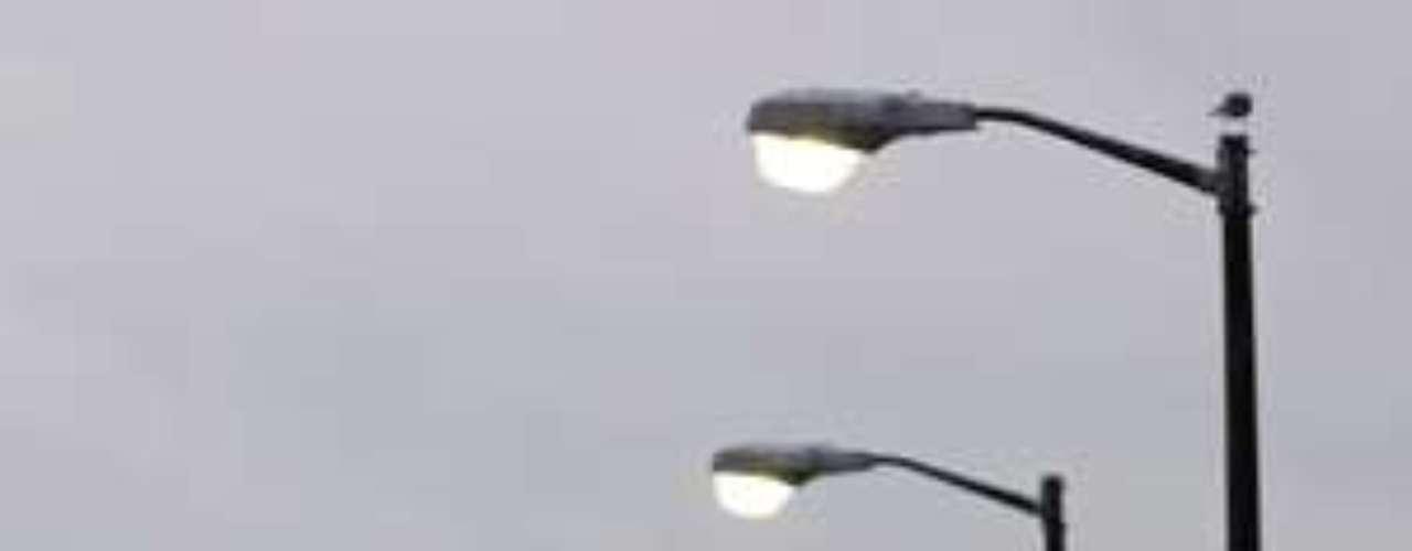 El alcalde de Nueva Orleans, Mitch Landrieu, afirmó que pueden caer 400 mm de lluvia o más por la lentitud con la que se mueve Isaac.