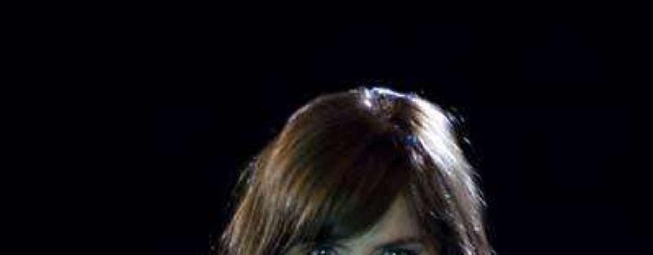 María Fernanda Yepez, la peligrosa 'Rosario Tijeras' está en su mejor momento a nivel de fama internacional.  Ella se ha ganado aplausos por sus méritos como actriz, pero también se roba los suspiros de muchos hombres porque tiene un cuerpazo ¡de envidia! comenzando por su parte frontal.Síguenos en Facebook - Twitter